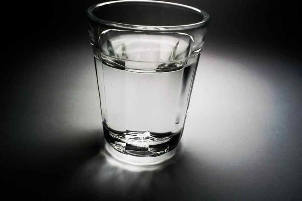 vodka_úvodní